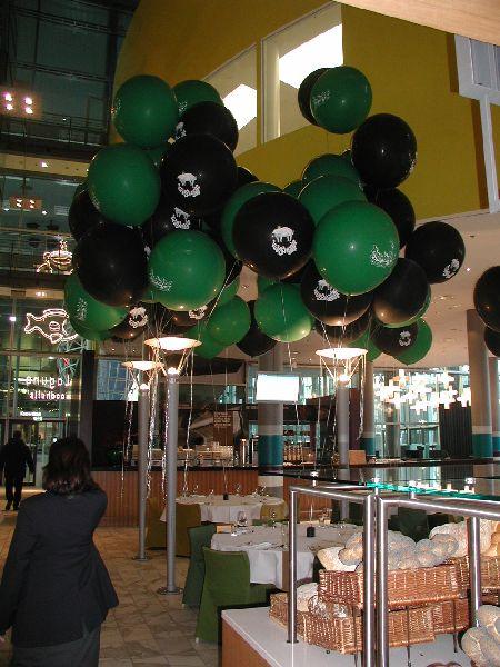 Riesenballons zur Silvester Dekoration